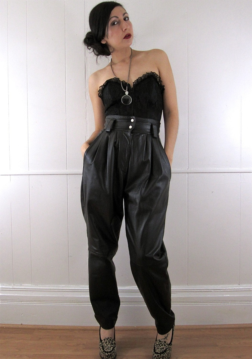 80 S Ultra High Waist Pleated Leather Trousers S