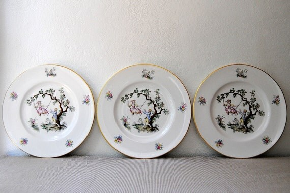 Set Of 12 Pink Royal Worcester Bone China Dinner Plates