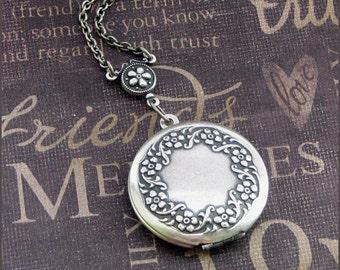 Silver Wreath Locket Necklace- Enchanted Wreath - By TheEnchantedLocket