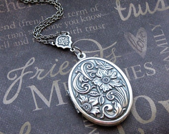 Silver Locket Necklace - Enchanted Meadow - Jewelry by TheEnchantedLocket - GORGEOUS Bride Anniversary Wife Mother Present