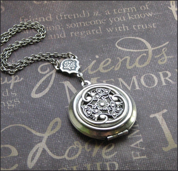Silver Locket Necklace, Y Necklace, Photo Locket, Picture Jewelry, Celtic Knot, Wedding Jewelry, Victorian Love Locket, Filigree Locket Gift