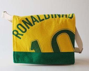 Messenger Bag, Ronaldinho