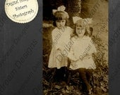 Instant Download Printable Vintage Photograph - Sisters