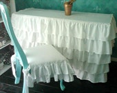 Ruffled Table Cover
