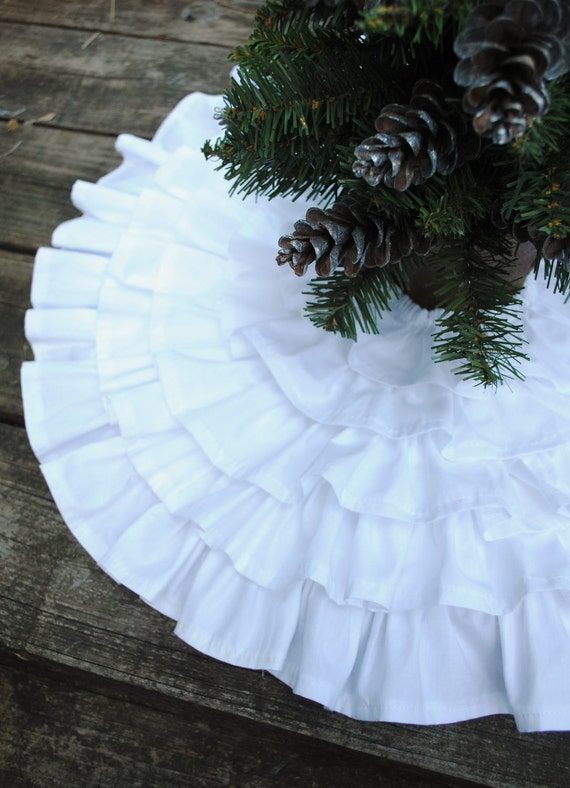 Mini Ruffles Tree Skirt