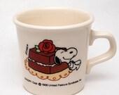 Vintage Snoopy Mug - Chocolate Cake