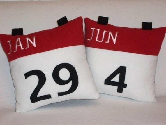 Calendar Icon Pillow