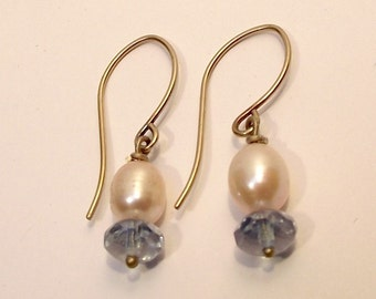 Pearl and Crystal Earring blue