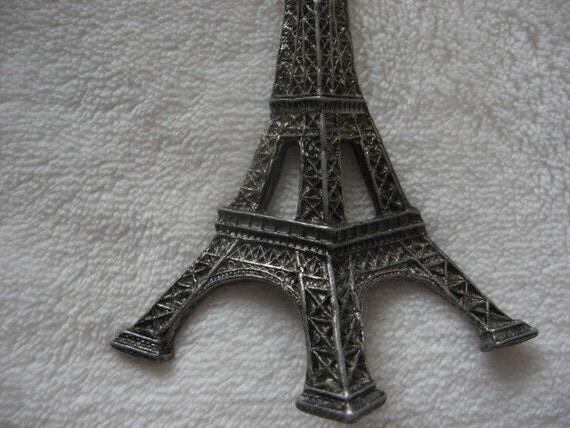 vintage silver eiffel tower pendant pin