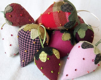 Beaded Berries Kit - Wool Strawberry - Three Sheep Studio