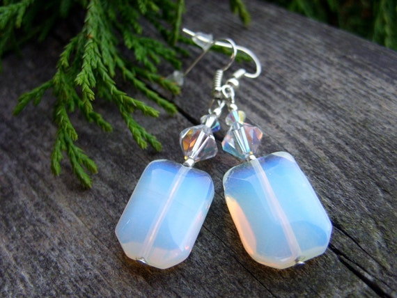 Ice QUEEN Opal SWAROVSKI earrings winter time christams frost frosty cold white soft blue