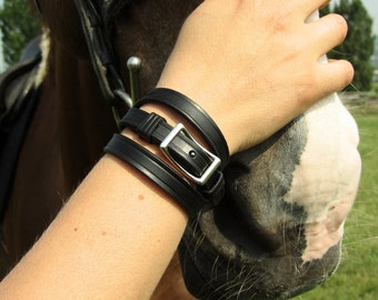 Leather Bracelet with Conway Buckle