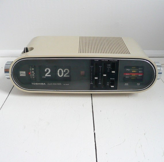 Space Age Toshiba Flip Clock Radio