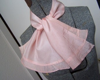 Ascot Pink Feminine Old Hollywood Scarf VINTAGE by Plantdreaming