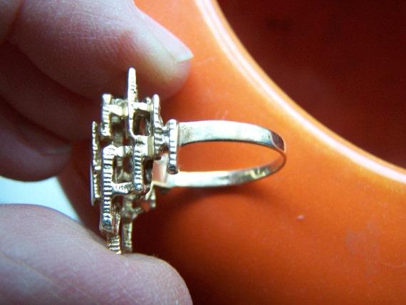 Reserved for Yolanda G.C. Modernist 14K gold dinner ring geometric Mid century modern 5 gm weight Size 7