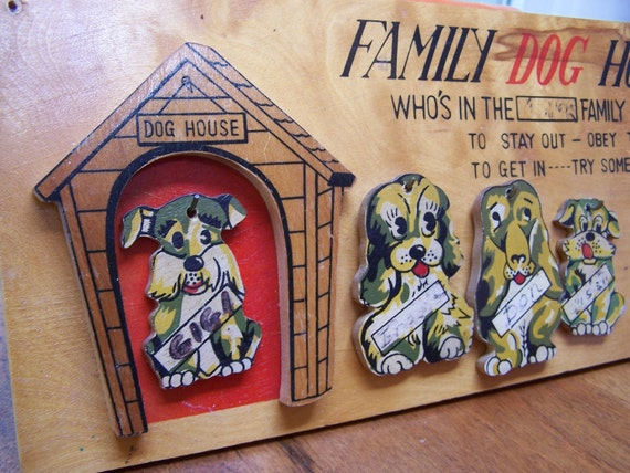 Family Dog House Wooden Wall Plaque Japan Key Henger