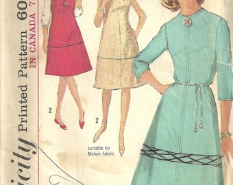 Vintage Simplicity A line Dress Pattern 5116 year 1960 size 14