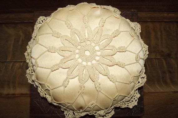 "Vintage 9"" Round Crochet Stuffed Pincushion////Sale"