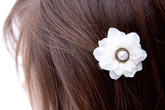 YOU MAKE MY DREAMS -  LAST ONE - white silk flower clip embellished with faux pearl charm
