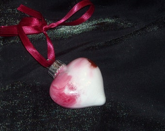 Hand painted mini glass heart ornament H21