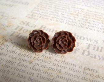 Chocolate Flat Rose Earrings