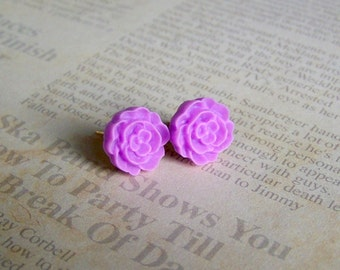 Periwinkle Flat Rose Earrings
