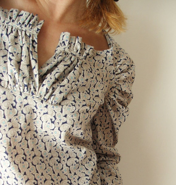 Cream and Blue Paisley Cashemir - Blouse Shirred Size M