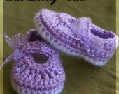 PDF Crochet Pattern for Baby Ribbon MaryJane Booties -  4 sizes - Newborn to 12 months.