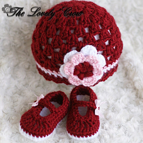 Crochet Baby Hat With Ribbon Pattern : Infant Crochet Pattern Set for Baby Ribbon Maryjane Booties