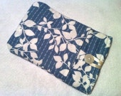 Flannel Kindle Cover White Leaves on Blue
