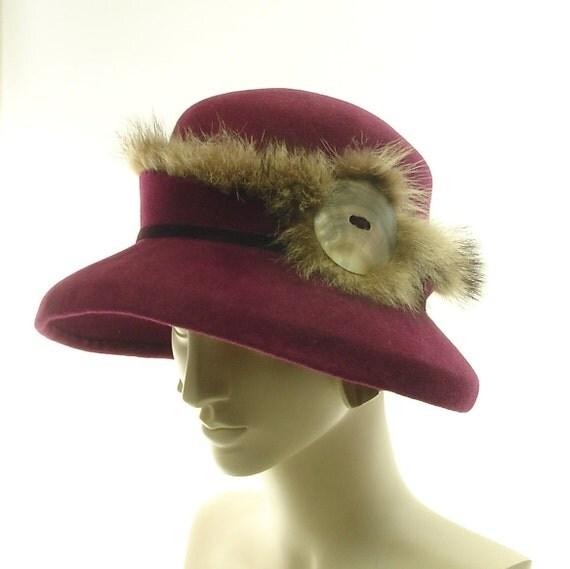 Felt Wide Brim Hat for Women - 1920s Fashion Hat - Vintage Style - Maroon Burgundy Wine - Raccoon Fur