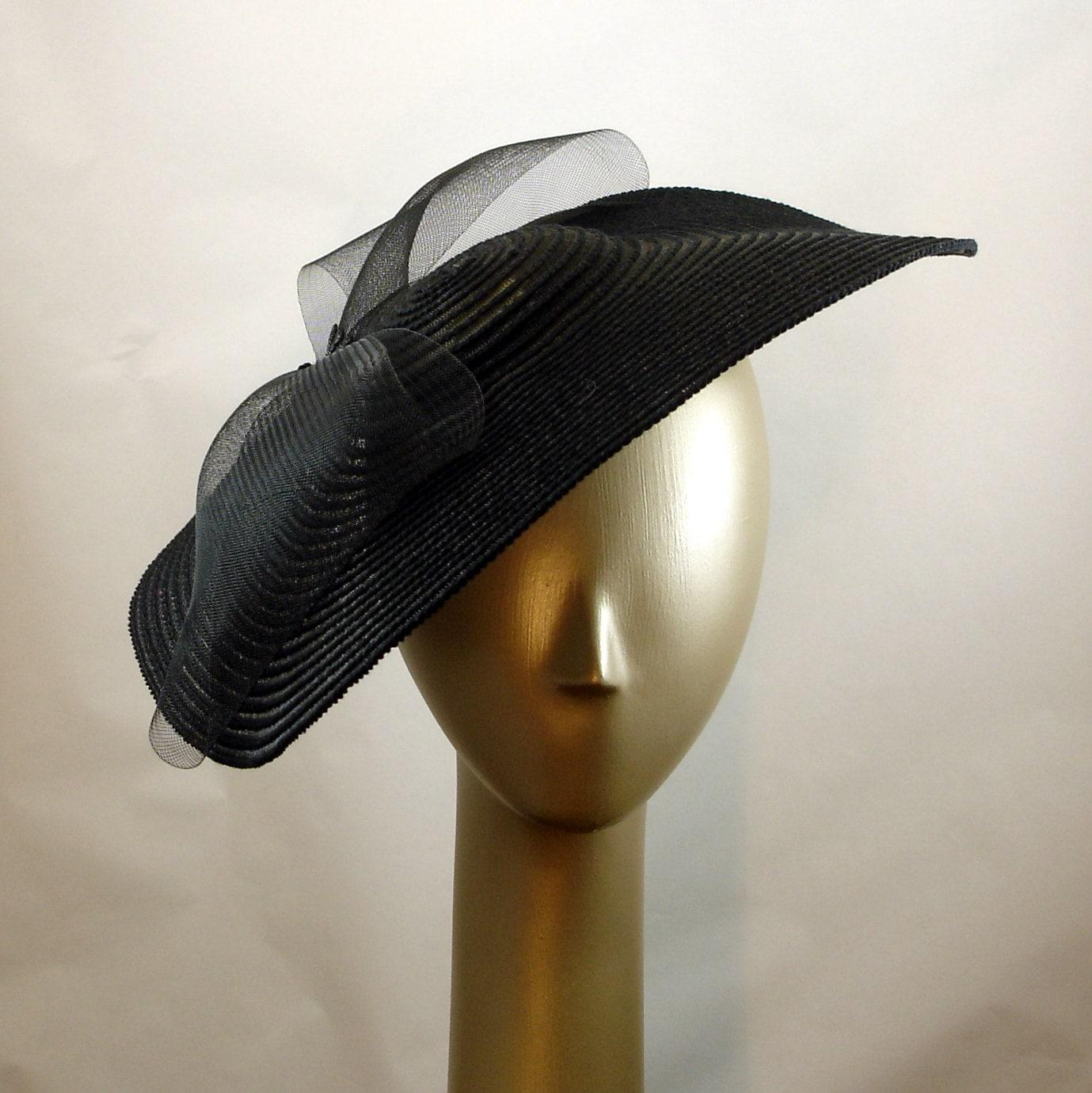 saucer hat for 1940s fashion black hat tilt hat straw