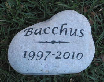 PERSONALIZED Pet Memorial Stone Gravestone Pet Marker 7-8 Inch Memorial Burial Cemetery Stone Marker