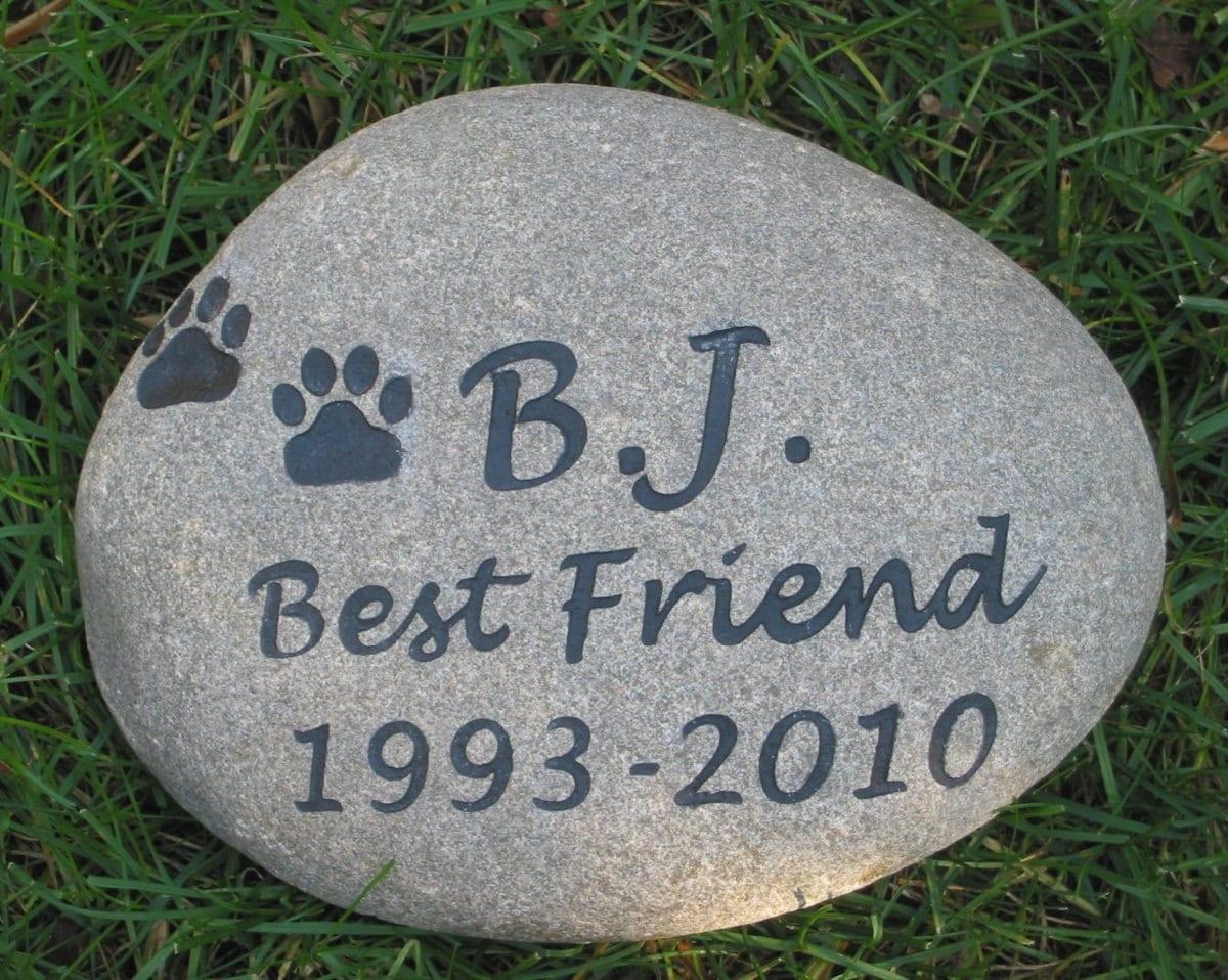 Personalized Pet Stone Memorial Garden Stone Grave Marker