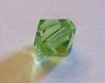 Swarovski Crystal Beads BICONE 5328 crystal beads PERIDOT Green  -- Available in 3mm, 4mm, 5mm, 6mm and 8mm
