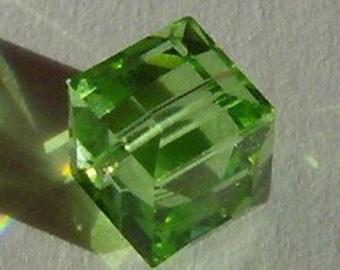 Sale Swarovski Cube Crystal Beads 8mm Cube 5601 Crystal Beads Peridot