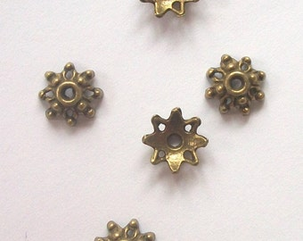 9mm Antique Bronze Flower Bead Caps 9mm -- BRONZE jewelry findings.......beadcaps B-105 -- 50 pieces