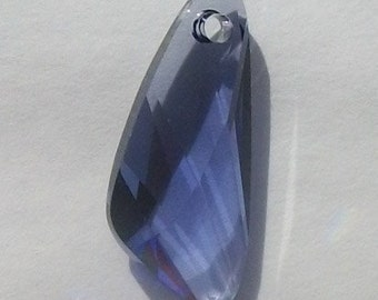 23mm WING Swarovski crystal Pendant Style 6690 TANZANITE