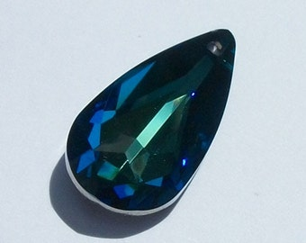 1 Swarovski Crystal Pendant Focal point 24mm TEARDROP Pendant 6100 Crystal Beads BERMUDA BLUE