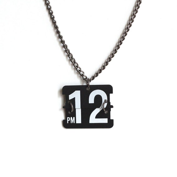 perpetual necklace - 12pm