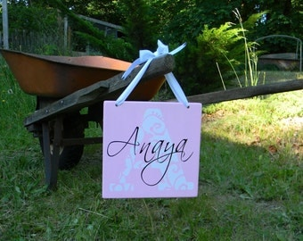 Personalized wood vinyl sign - children's room - great gift idea