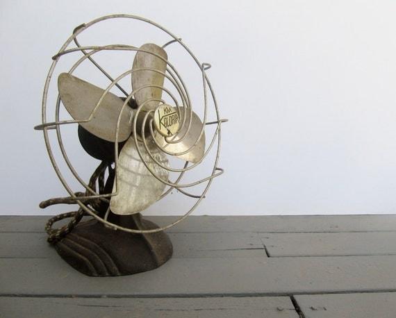 Vintage Industrial Decor Small Art Deco Electric Metal Fan