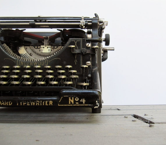 On Reserve until 7/20-Antique Underwood No. 4 Typewriter in Working Condition
