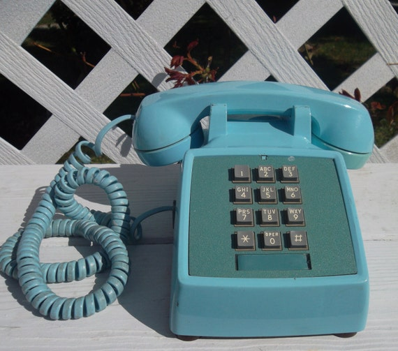 Vintage Powder Blue Bell System Western Electric Touch Tone Phone