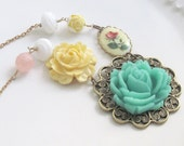 Necklace. Vintage Jewels, Cameo, Rose, Cream, Mint, Green, Yellow, Garden. Romatic Garden,