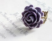 Ring. Jewelry, Vintage, Rose, Antique Brass, Amethyst, Lavender, Cocktail Ring. LAST ONE.  Sweet Rose.
