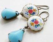 Cameo Earrings Vintage Floral Cameos Glass Turquoise Jewels Romantic - Printemps