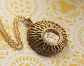 Vintage Watch Necklace, Gold Coral Texture, Long Gold Chain, Runs Great