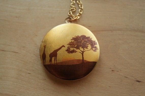 Safari Giraffe Locket Yellow Necklace, Animal Locket, Giraffe Jewelry, African Necklace, Giraffes Pendant, Safari Necklace, Africa, Animals
