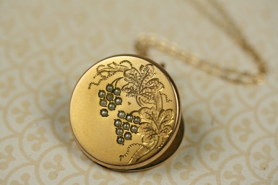 Pearl Grape Vines and Monogram Letter C Locket, Victorian Antique Photo Necklace, Flowers Pendant, 14kt Gold FIlled Chain, Round Jewellery